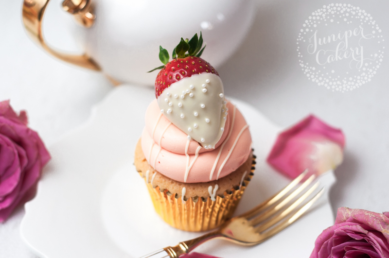 valentines cupcakes and macarons in hull and yorkshire - Valentine Cupcake
