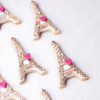 Eiffel Tower cookies by Juniper Cakery