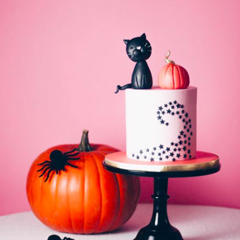 Halloween cake tutorial with eBay by Juniper Cakery