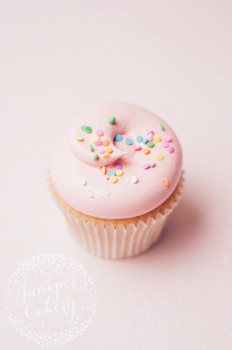 Pretty vanilla cupcake by Juniper Cakery