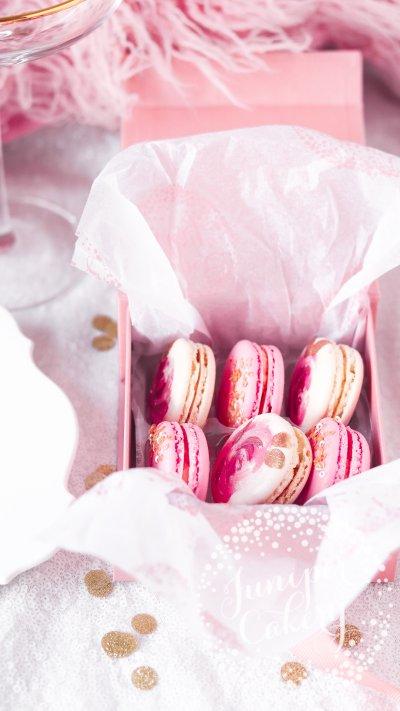 Rose themed macaron box by Juniper Cakery