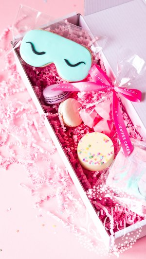 Pamper Hamper by Juniper Cakery
