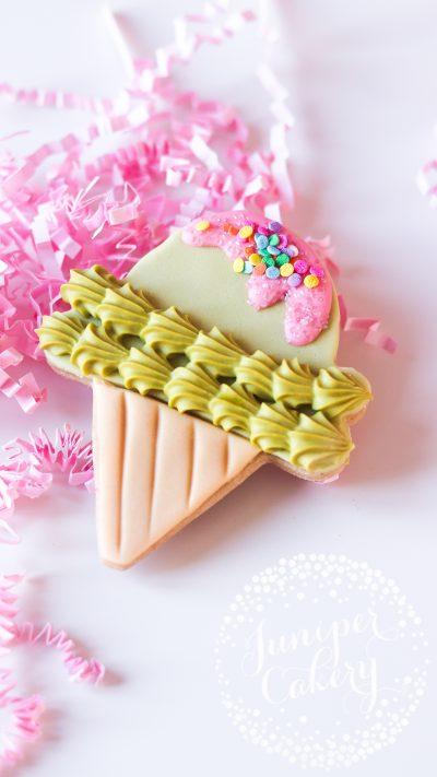 Ice cream biscuit by Juniper Cakery