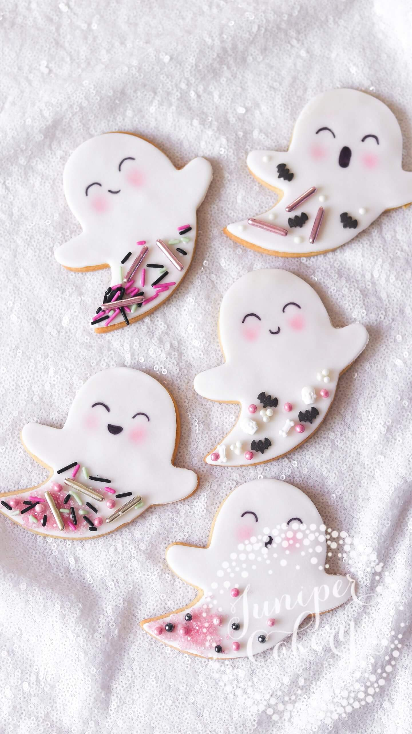 Sweet ghost cookies for Halloween by Juniper Cakery