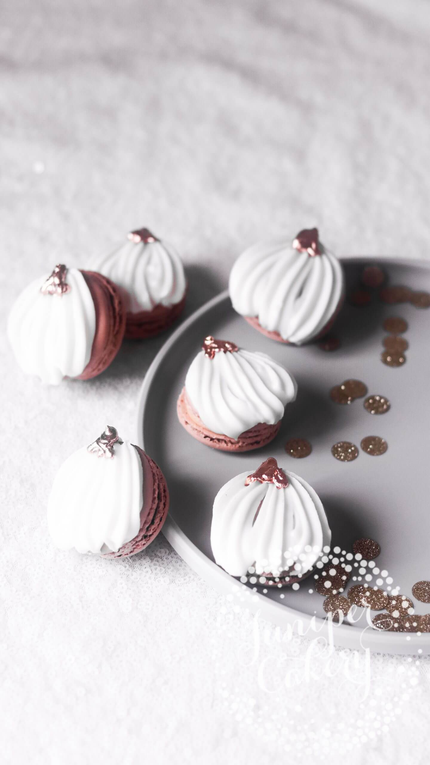 Pumpkin Spice Latte macarons by Juniper Cakery