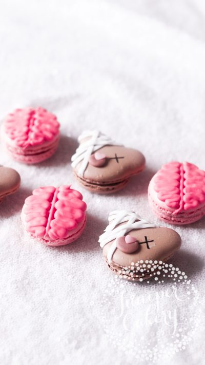 Halloween macarons by Juniper Cakery