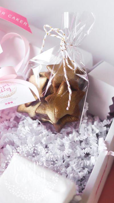 Cute Christmas hamper by Juniper Cakery